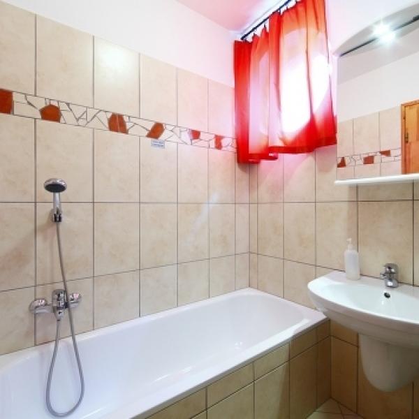 Centrum apartmanház - fürdőszoba